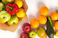 Μια ανθοδέσμη των λαχανικών και των φρούτων Στοκ φωτογραφία με δικαίωμα ελεύθερης χρήσης