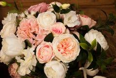 Μια ανθοδέσμη των τριαντάφυλλων Στοκ εικόνες με δικαίωμα ελεύθερης χρήσης