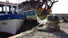 Μια αποβάθρα για τα παλαιά σκάφη σε Nesebar, Βουλγαρία απόθεμα βίντεο