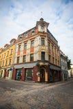 Μια από τις οδούς στη μεσαιωνική πόλη της παλαιάς Ρήγας Στοκ Εικόνες
