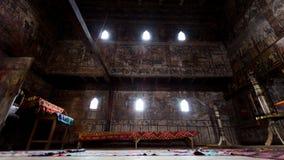 Μια από τις παλαιότερες ξύλινες εκκλησίες στη Ρουμανία ως σπόρο στο εσωτερικό Στοκ Εικόνες