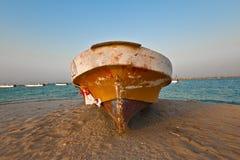 Μια βάρκα σε Dammam SA στοκ φωτογραφία