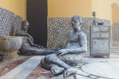 Μια γλυπτική έκθεση που παρουσιάζει τη ζωή του πρόσφατου - 19$ος αιώνας στο τουρκικό λουτρό - Hammam EL Basha στην παλαιά πόλη το Στοκ Φωτογραφίες