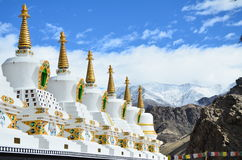 Μια γραμμή παγοδών, μοναστήρι Thicksay, Leh, Ladakh, Ινδία Στοκ Φωτογραφία