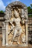 Μια διάσημη πέτρα φρουράς επί του αρχαίου τόπου Anuradhapura στη Σρι Λάνκα Στοκ εικόνα με δικαίωμα ελεύθερης χρήσης