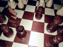 Μια εικόνα μιας σκακιέρας με τους γραπτούς αριθμούς σε μια προβολή με μια λάμψη Στοκ φωτογραφίες με δικαίωμα ελεύθερης χρήσης