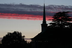 Μια εκκλησία στο ηλιοβασίλεμα Στοκ Εικόνα