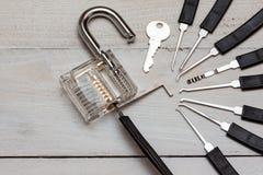 Μια επιλογή κλειδαριών στοκ φωτογραφία