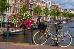Μια λεπτή ημέρα στο ρομαντικό Άμστερνταμ, Κάτω Χώρες Στοκ Εικόνα