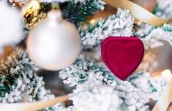 Μια ημέρα των Χριστουγέννων - δώρο διακοπών για την στοκ φωτογραφία με δικαίωμα ελεύθερης χρήσης