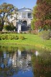 Μια ηλιόλουστη ημέρα Σεπτεμβρίου στη στοά του Cameron Tsarskoye Selo Στοκ εικόνες με δικαίωμα ελεύθερης χρήσης