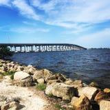Μια θέση κάτω από τη γέφυρα στοκ εικόνα με δικαίωμα ελεύθερης χρήσης