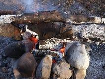 Μια θερμαίνοντας πυρά προσκόπων φιλμ μικρού μήκους
