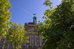 Μια ιστορική πρόσοψη ενός θαυμάσιου κτηρίου Στοκ Φωτογραφίες