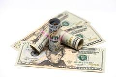 Μια κινηματογράφηση σε πρώτο πλάνο των χρημάτων, αμερικανικά δολάρια στοκ εικόνες