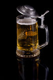 Μια κούπα με την μπύρα Στοκ εικόνα με δικαίωμα ελεύθερης χρήσης