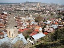 Μια λεπτή άποψη του Tbilisi, Γεωργία από Narikala Στοκ Εικόνα