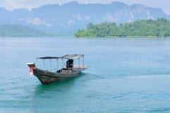 Μακριά βάρκα ουρών στοκ φωτογραφίες με δικαίωμα ελεύθερης χρήσης
