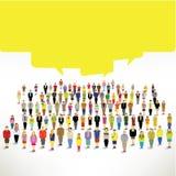 Μια μεγάλη ομάδα ανθρώπων συλλέγει και μιλά από κοινού Στοκ Εικόνες