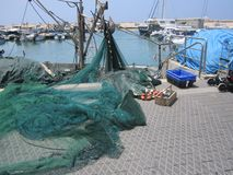 Μια μικρή αποβάθρα με τα αλιευτικά σκάφη στοκ εικόνες με δικαίωμα ελεύθερης χρήσης