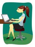 Γυναίκα στο lap-top Στοκ Φωτογραφία