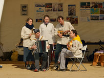 Μια ομάδα μουσικών των ενθουσιωδών Στοκ Εικόνες
