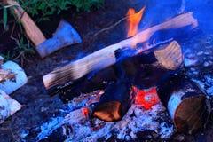 Μια πυρά προσκόπων Στοκ φωτογραφία με δικαίωμα ελεύθερης χρήσης