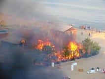 Μια πυρκαγιά σε ένα στρατόπεδο υπολοίπου κοντά στην Οδησσός στοκ εικόνες