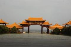 μια πύλη στο κινεζικό ύφος στοκ εικόνες
