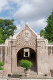 Μια πύλη στο taman κάστρο νερού της Sari - ο βασιλικός κήπος του σουλτανάτου της Τζοτζακάρτα Στοκ φωτογραφία με δικαίωμα ελεύθερης χρήσης