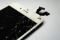 Μια σπασμένη επίδειξη από το smartphone Ελαττωματικό τηλέφωνο που πρέπει να επισκευαστεί στοκ εικόνες