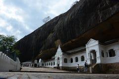 Μια σπηλιά σε Dambulla, viharaya της Σρι Λάνκα Raja Maha στοκ εικόνες