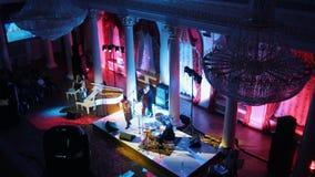 Μια συναυλία τζαζ στη αίθουσα συναυλιών απόθεμα βίντεο
