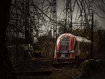 μια σύγχρονη ατμομηχανή σιδηροδρόμων πόλεων στοκ φωτογραφία με δικαίωμα ελεύθερης χρήσης