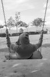 Μια ταλάντευση ατόμων αισθάνεται μόνο Στοκ εικόνες με δικαίωμα ελεύθερης χρήσης