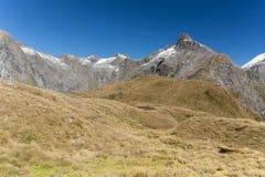 Μια φυσική άποψη της διαδρομής Milford πέρασμα της Νέας Ζηλανδίας †στο «Mackinnon Στοκ φωτογραφία με δικαίωμα ελεύθερης χρήσης
