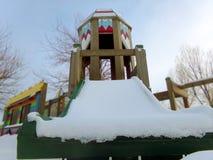 Μια χιονώδης χειμερινή παιδική χαρά στο Ουαϊόμινγκ στοκ εικόνες