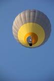Μια ballon ζεστού αέρα μύγα Στοκ φωτογραφία με δικαίωμα ελεύθερης χρήσης