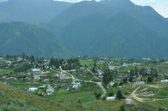 Μια mountaineous μικρή πόλη στοκ φωτογραφία με δικαίωμα ελεύθερης χρήσης
