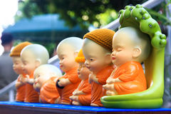 Μικρά αγάλματα του Βούδα πήλινου είδους Στοκ φωτογραφίες με δικαίωμα ελεύθερης χρήσης