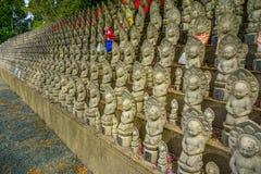Μικρά βουδιστικά αγάλματα αποκαλούμενα Jizo στοκ φωτογραφίες με δικαίωμα ελεύθερης χρήσης