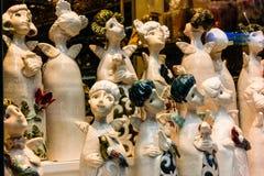 Μικρά κεραμικά statuettes των αγγέλων στη Ρήγα, Λετονία 2019 στοκ εικόνες