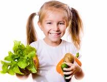 μικρά λαχανικά κοριτσιών Στοκ φωτογραφία με δικαίωμα ελεύθερης χρήσης