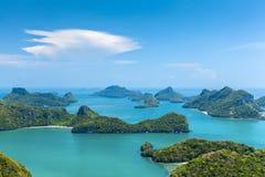 Μικρά νησιά στο εθνικό θαλάσσιο πάρκο Ταϊλάνδη Angthong Στοκ Εικόνα