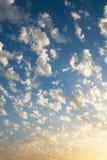 Μικρά σύννεφα της Νίκαιας στον ουρανό Στοκ φωτογραφίες με δικαίωμα ελεύθερης χρήσης