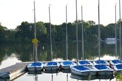 Μικρά sailboats Στοκ εικόνες με δικαίωμα ελεύθερης χρήσης