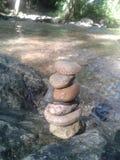 Μικρές κοίτες με τη σύσταση πολλών πετρών και βράχων backgroun Στοκ φωτογραφίες με δικαίωμα ελεύθερης χρήσης