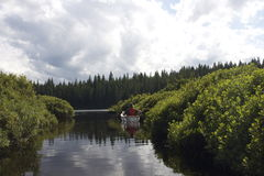 Μικρή βάρκα στο νερό Στοκ Φωτογραφία