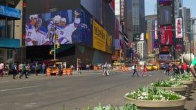 Μικρή διακοπή 4k ΗΠΑ σταυροδρομιών χρονικής τετραγωνική κυκλοφορίας θερινής ημέρας της Νέας Υόρκης φιλμ μικρού μήκους