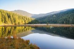 Μικρή λίμνη Arber το φθινόπωρο, Βαυαρία, Γερμανία Στοκ φωτογραφίες με δικαίωμα ελεύθερης χρήσης